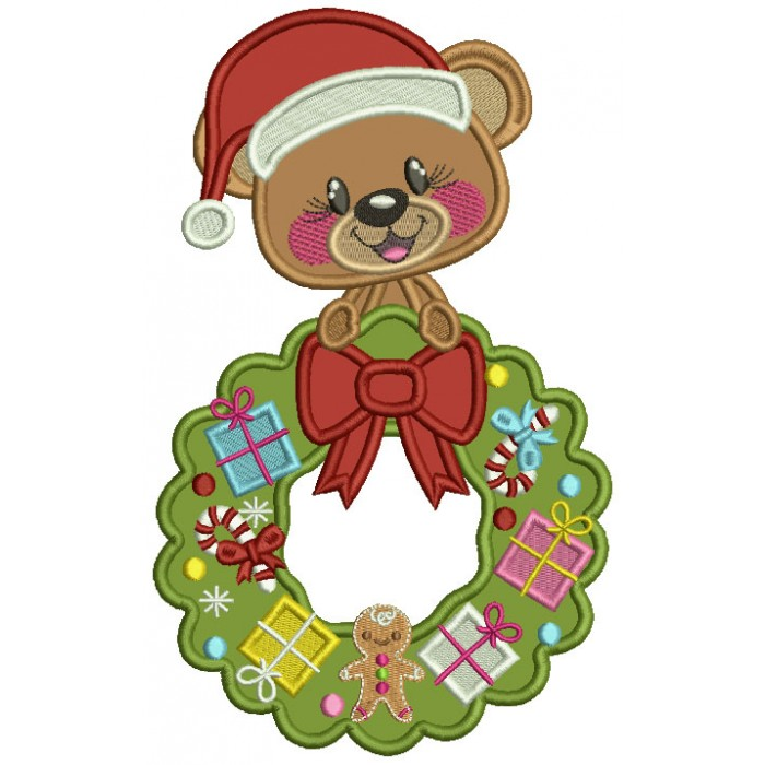 Cute Bear Wearing Santa Hat Holding Christmas Wreath Applique Machine Embroidery Design Digitized Pattern